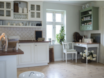Six Types of Shelving for Your Home